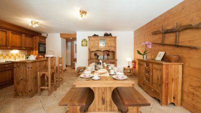 Dining room in Andree Apt in Ste Foy