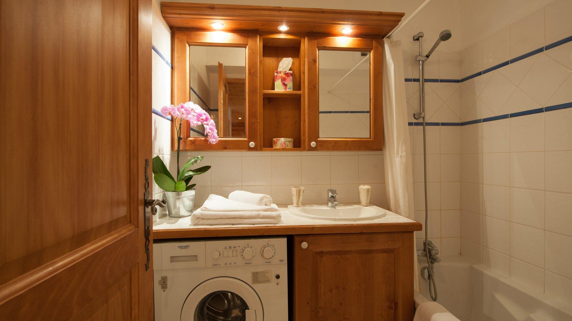 Bathroom in Andree Apt in Ste Foy