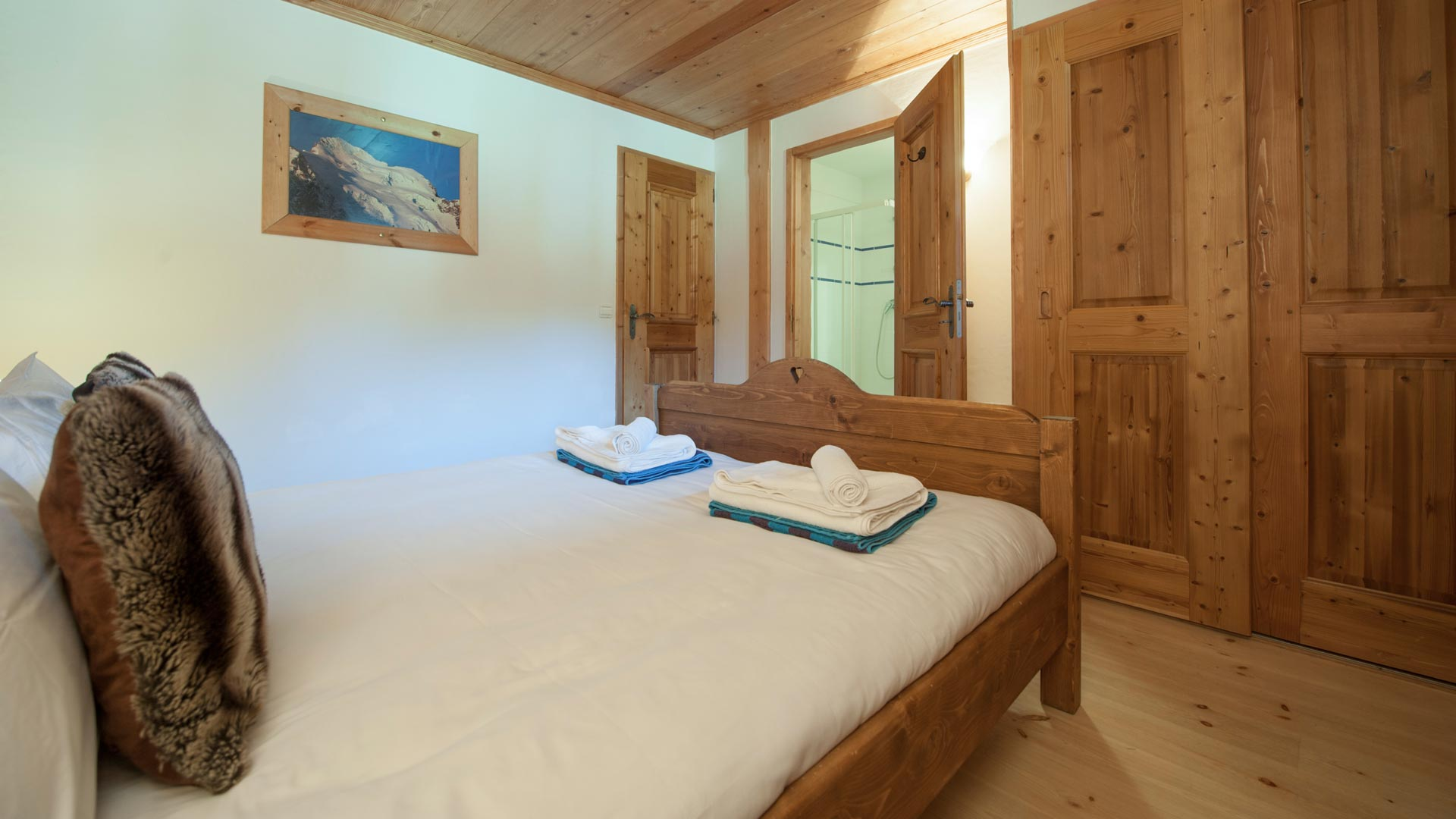 Master Bedroom in Sainte Foy Apt. in Ste Foy