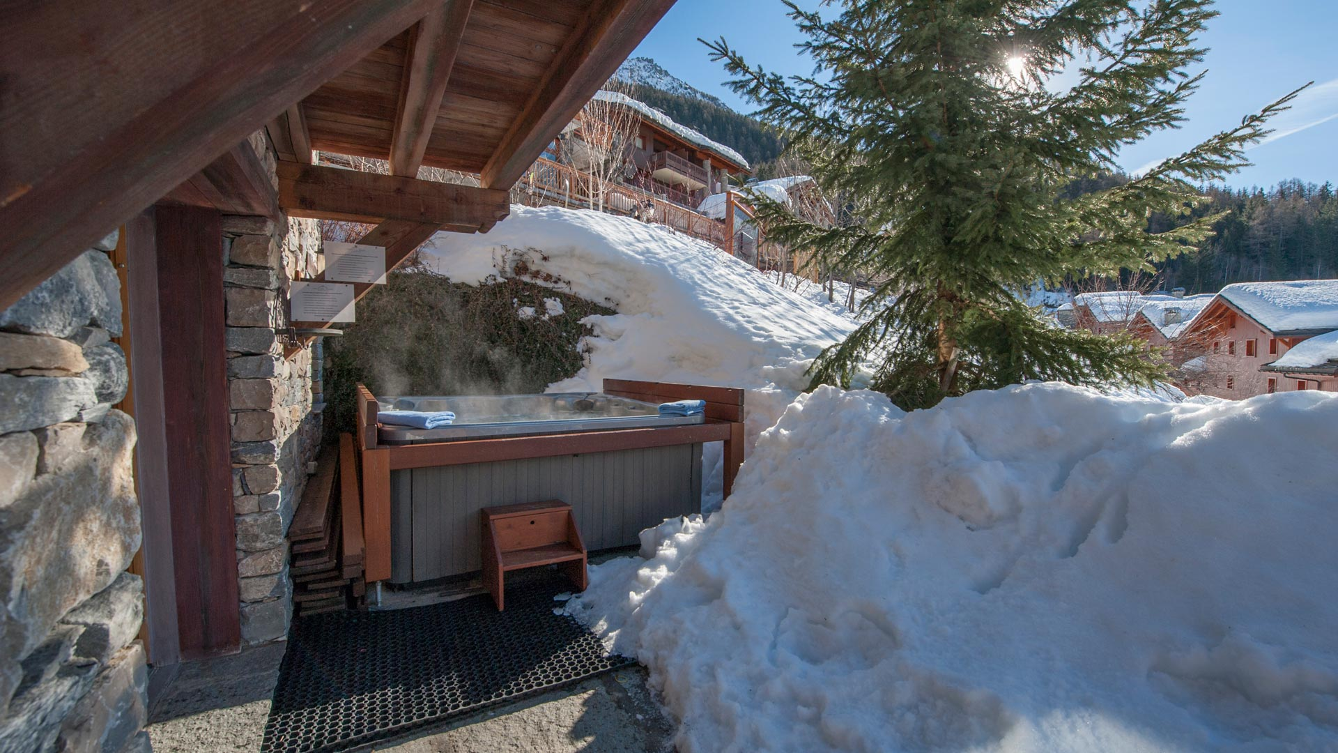 Hot Tub & Terrace in Sainte Foy Apt. in Ste Foy