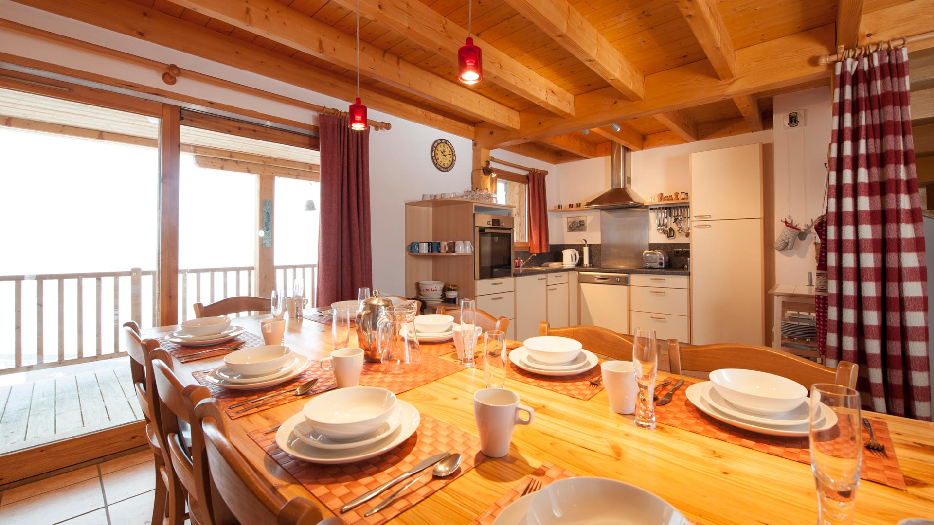 Dining Area in C'est la Vie in Ste Foy