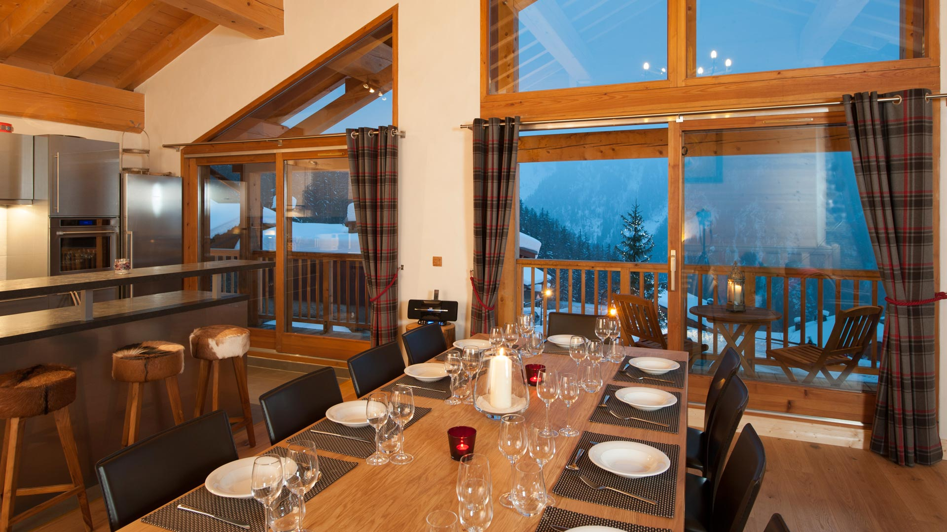 Dining Area in Grand Solliet Chalet in Ste Foy