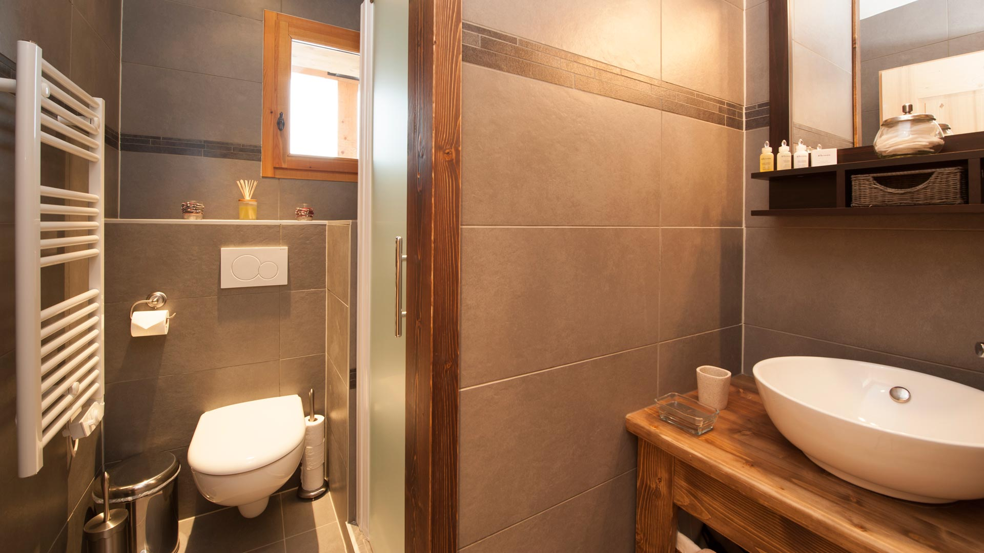 Ensuite Shower Room in Grand Solliet Chalet in Ste Foy