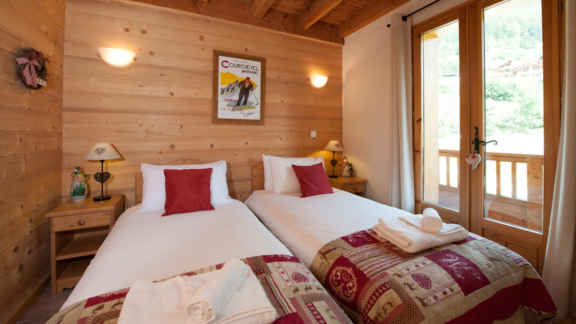 Twin Bedroom in Le Rocher Blanc Apartment in Ste Foy