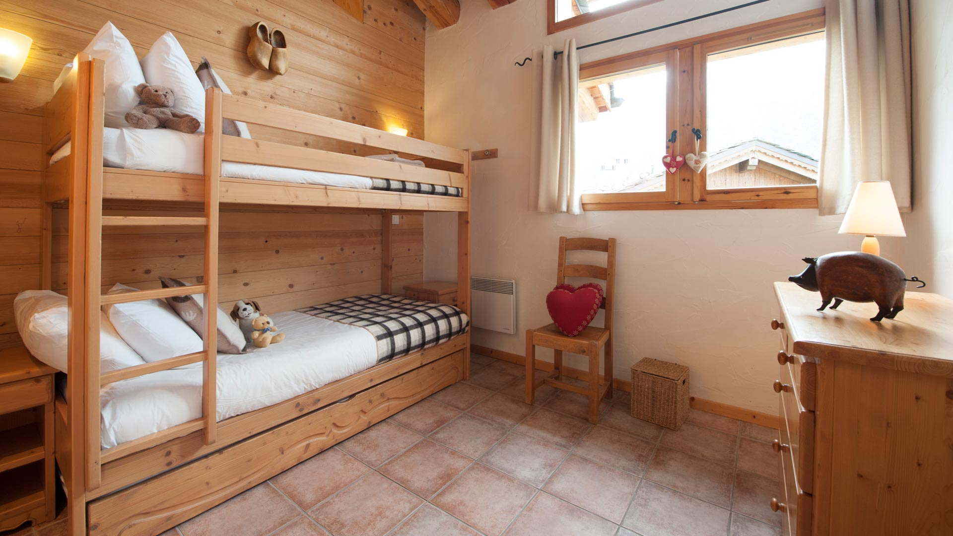 Twin Bunk Room in Le Rocher Blanc Apartment in Ste Foy