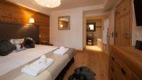 Double/Twin Bedroom in La Marquise Chalet in Ste Foy