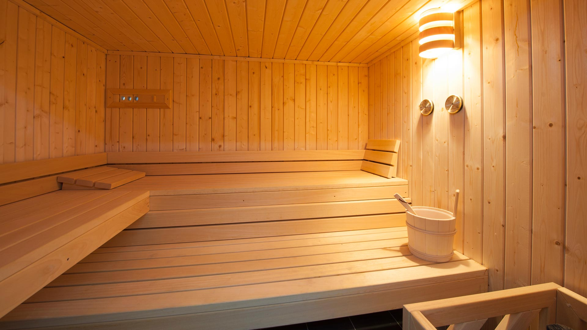 Sauna in The Peak Chalet in Ste Foy