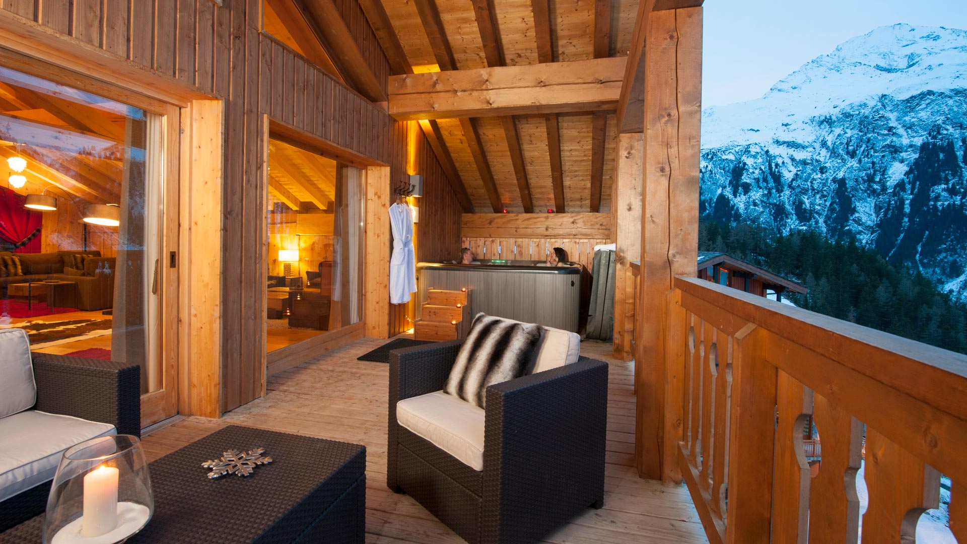Balcony Hot Tub in The Peak Chalet in Ste Foy