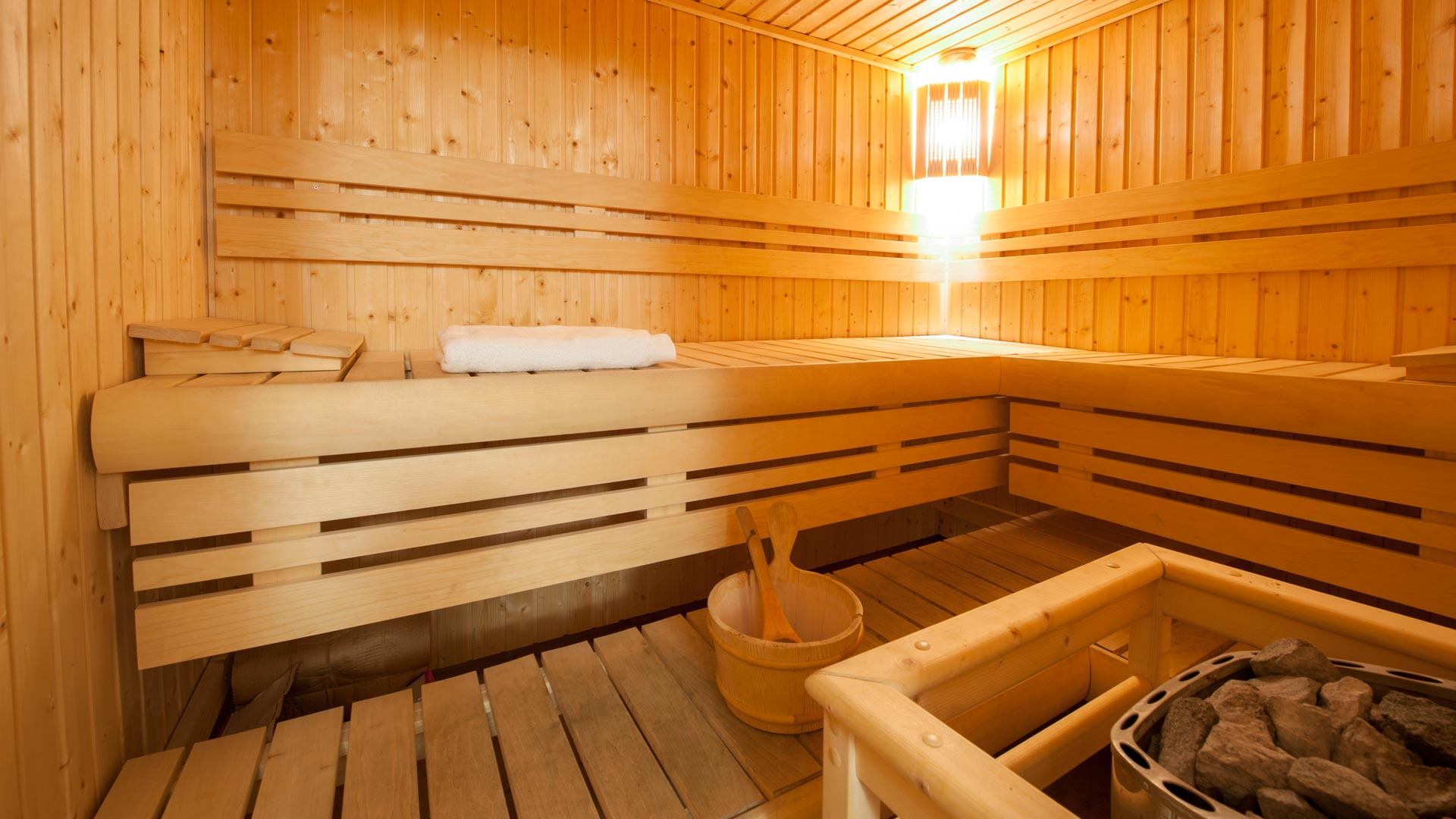Sauna inLe Refuge Chalet in Ste Foy