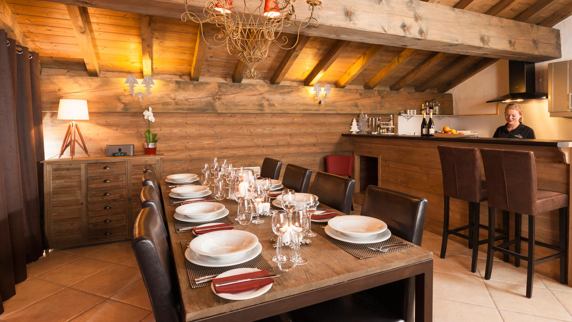 Dining Area in The South Face Chalet in Ste Foy