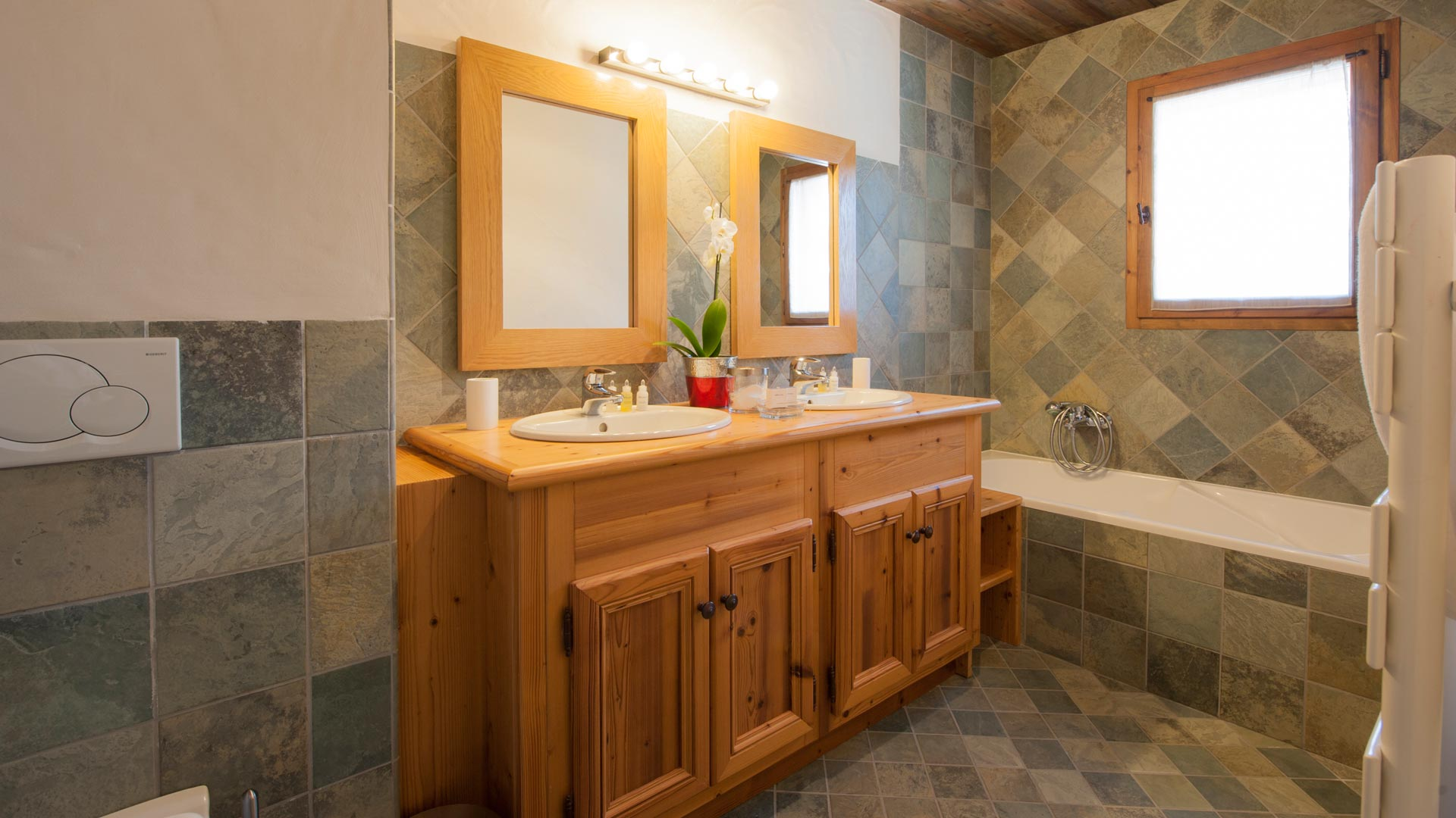 Bathroom in The South Face Chalet in Ste Foy
