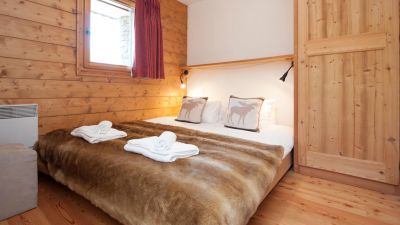 Double Bedroom in Vue Des Montagnes Apartment in Ste Foy