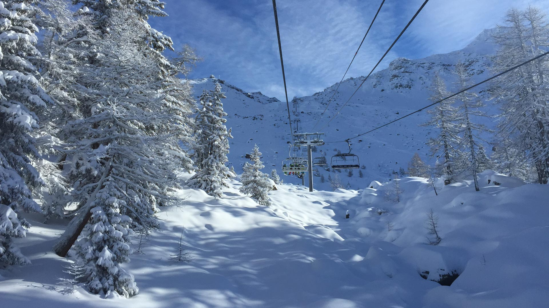 Skiing with Premiere Neige in Ste Foy