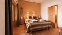 Bedroom 1 - Margaux Luxury Self catered chalet in Sainte Foy