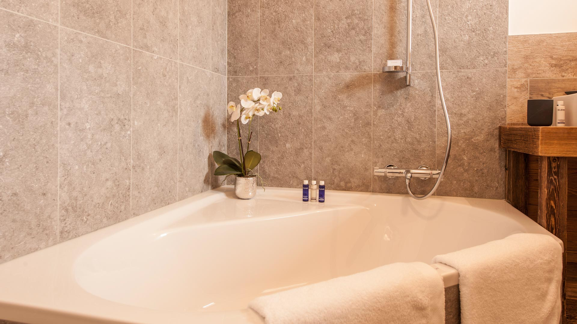 Ensuite Bathroom, Bedroom 1 - Estournel Luxury Self catered chalet in Sainte Foy