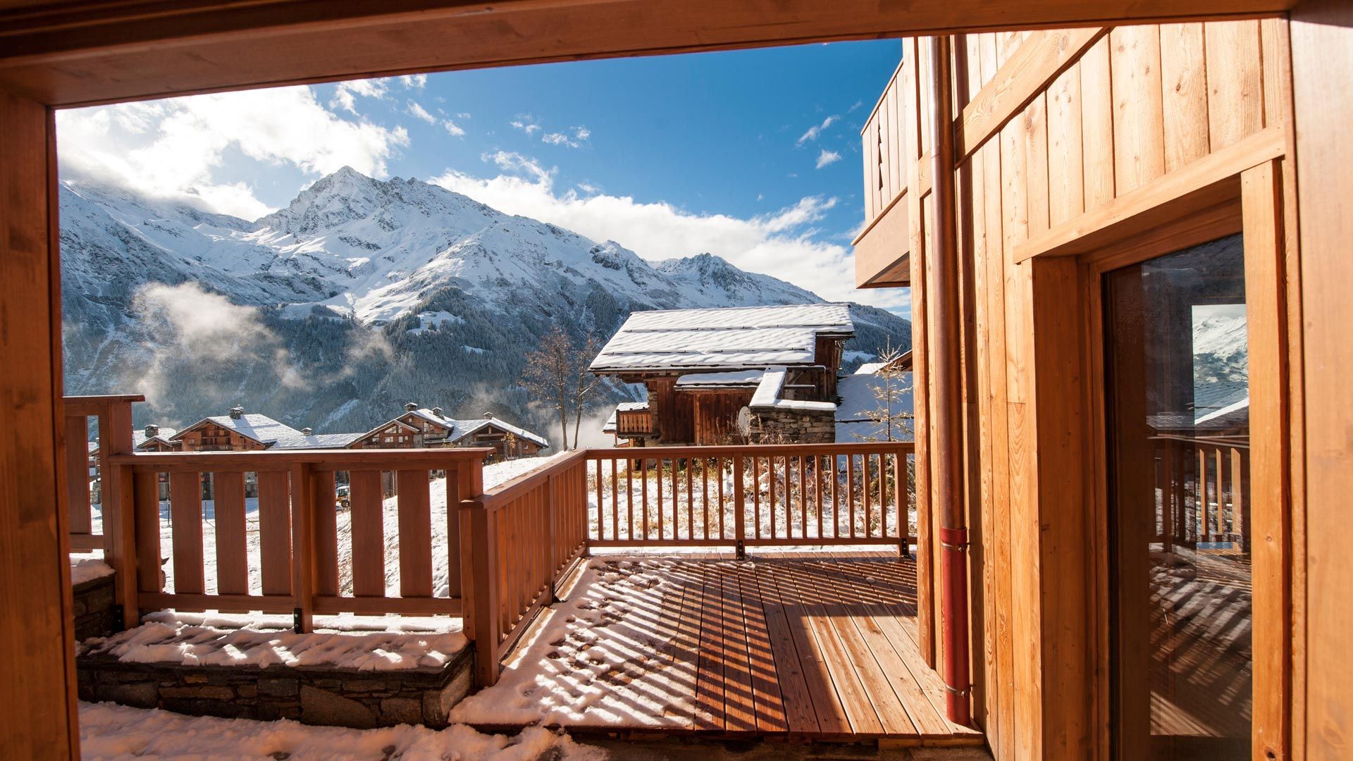 Main balcony, Estournel Luxury Self catered chalet in Sainte Foy