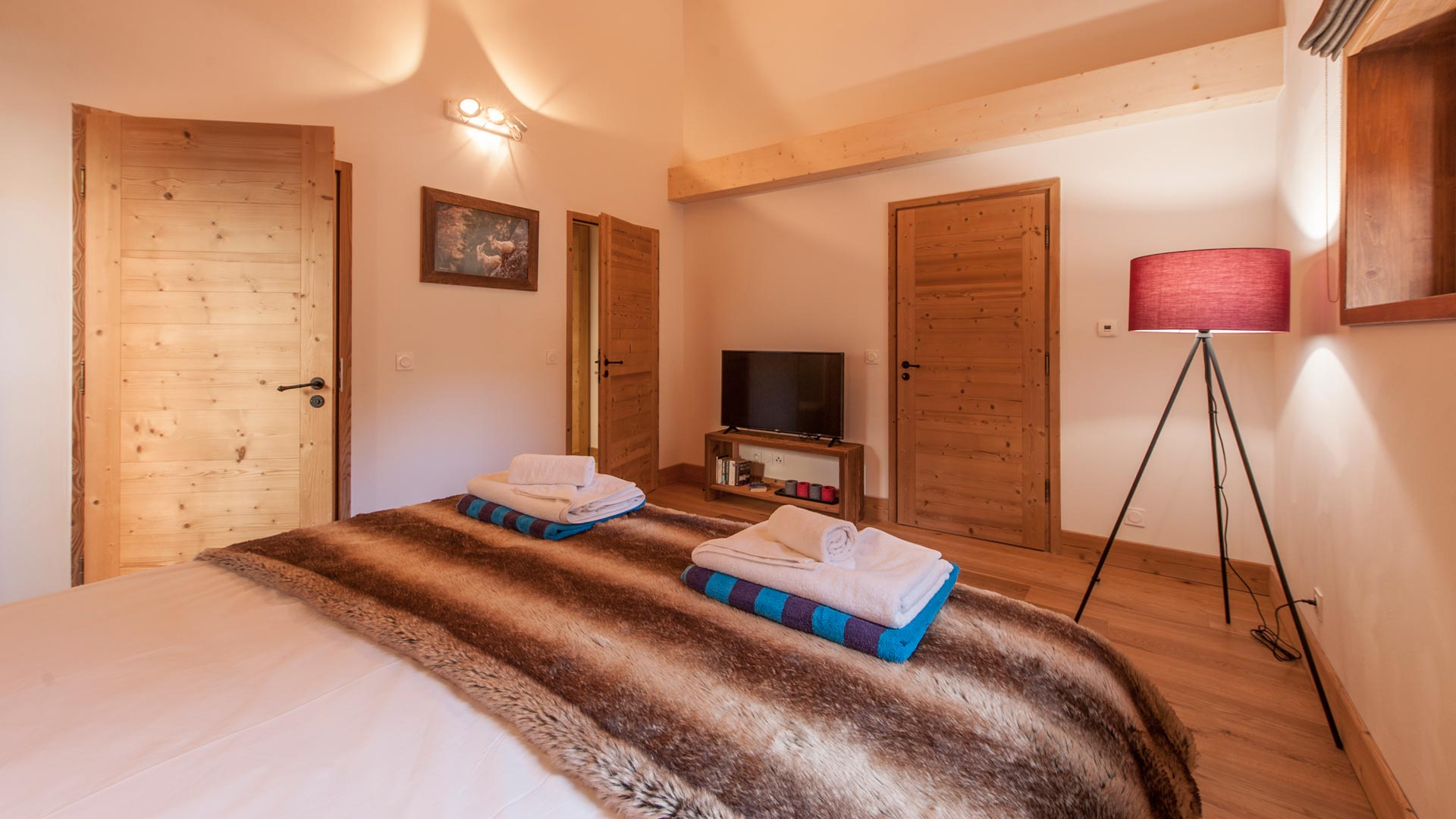 Bedroom 2 - Haut Brion Luxury Self Catered Chalet in Sainte Foy