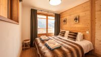 Bedroom 1- Rayas Luxury Self catered chalet in Sainte Foy