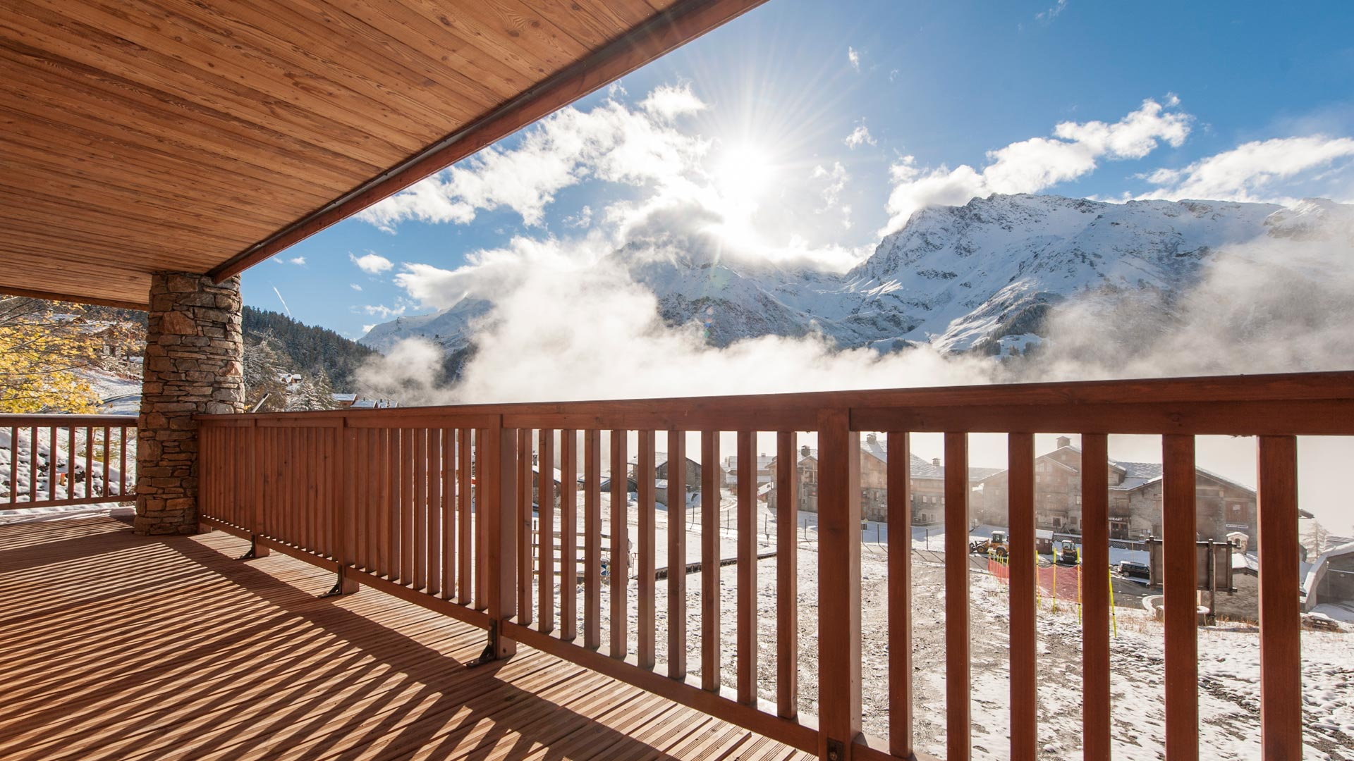 Bedroom 1 & 2 Balcony - Rayas Luxury Self catered chalet in Sainte Foy
