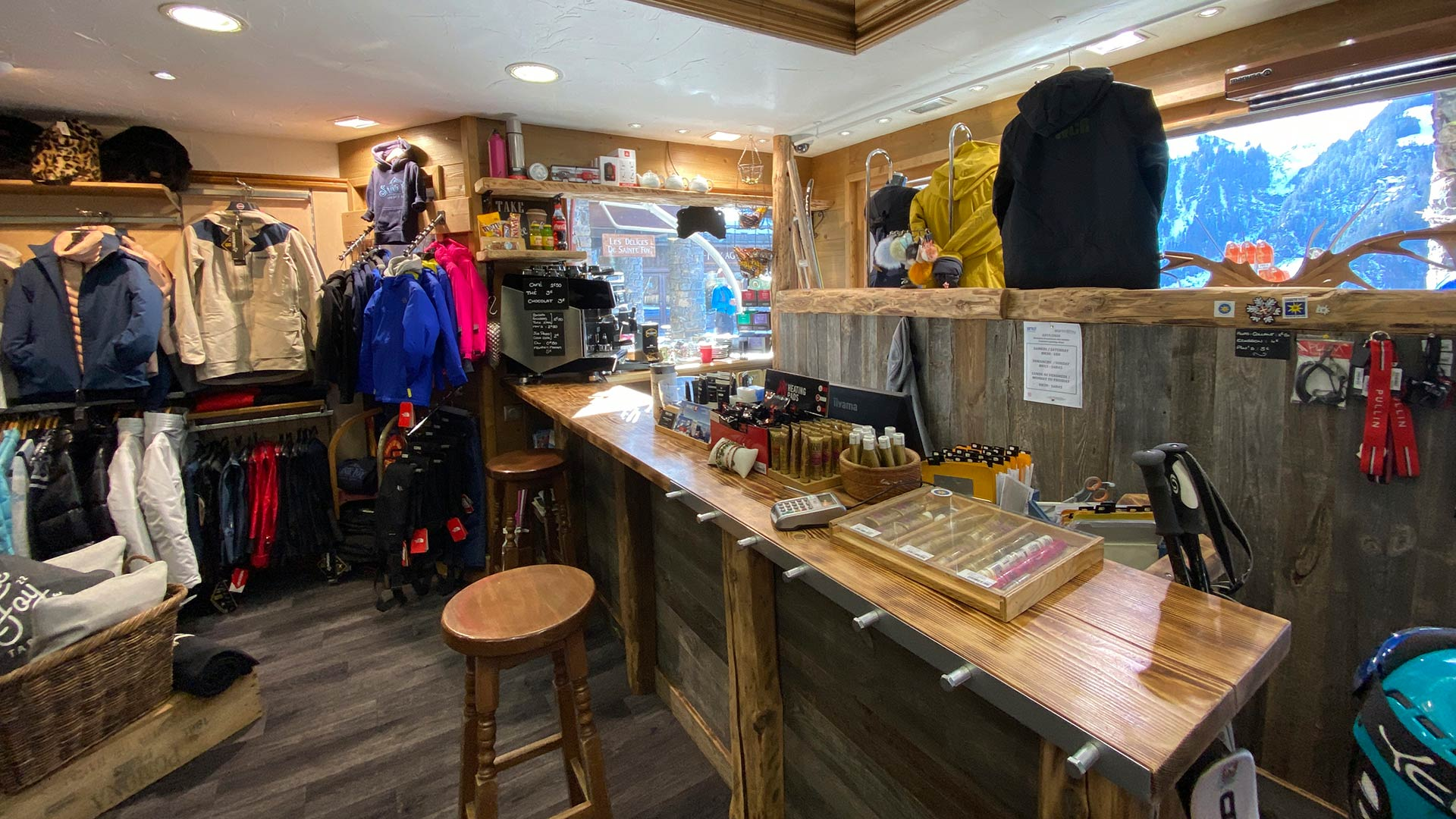 Sainte Foy Sports Skiset Shop